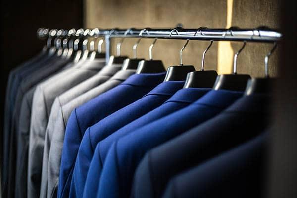 Her Erkeğin Dolabında Olması Gereken Kıyafetler