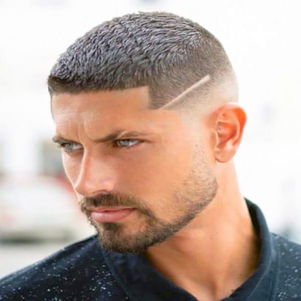 En Etkili Erkek Saç Modelleri ( Kısa ve Uzun Modeller – Resimli )