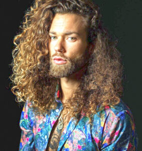 Uzun ve Bukleli Erkek Saç Modelleri